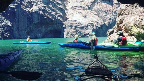 twilight-kayak-tour-of-black-canyon-during-a-full-moon