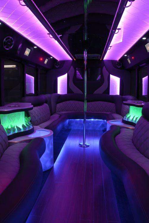 las-vegas-strip-party-bus-club-tour