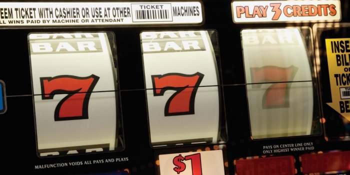 winnie-and-buck-slot-machine-harrahs-las-vegas