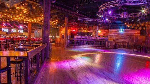 admission-to-stoneys-rockin-country-nightclub